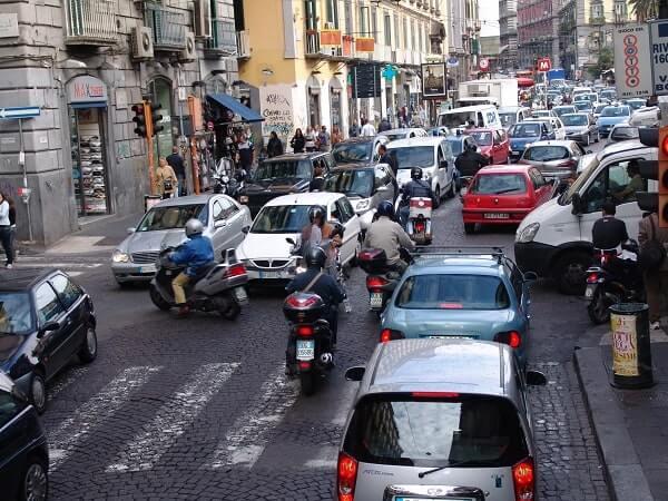 Сложности вождения в Италии