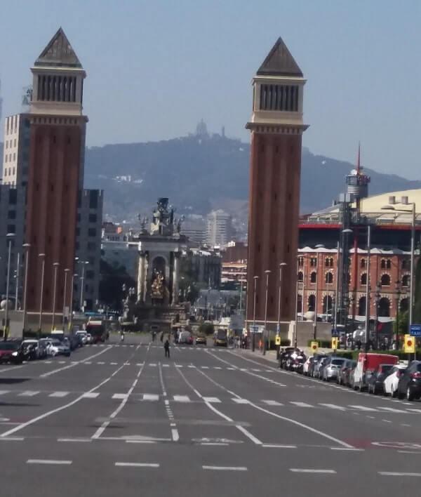 Парковка автомобилей в Испании